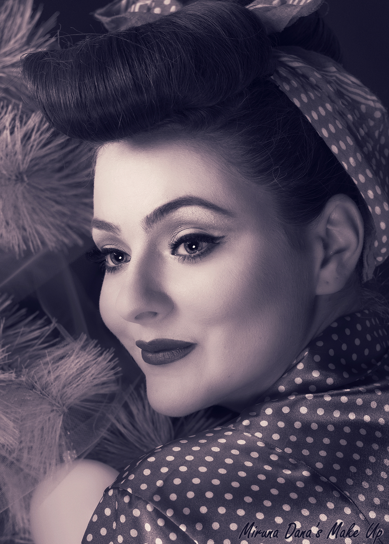 1950s Style Makeup -bw Photo