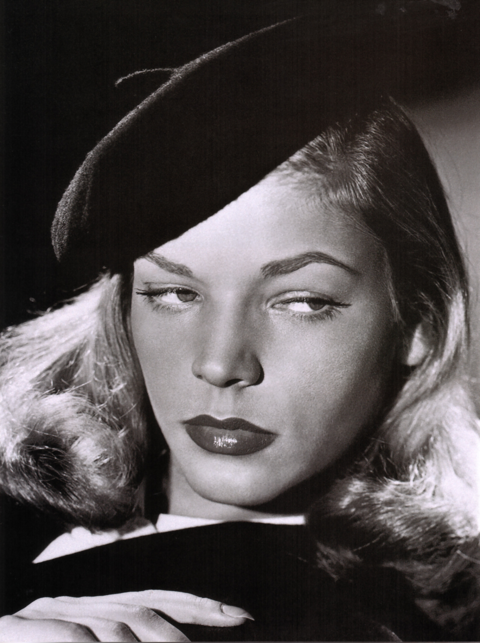 Lauren Bacall -1946- The Big Sleep