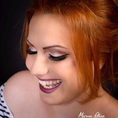Glittery Makeup